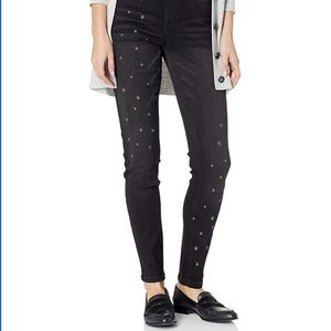 TRIBAL JEANS || Jeggings w/ Star Embroidery